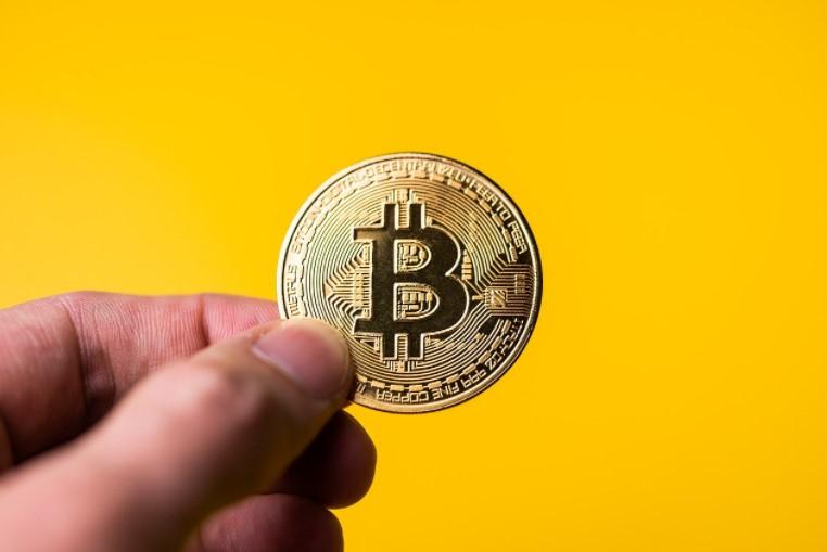 bitcoin investavimo strategija 2021)